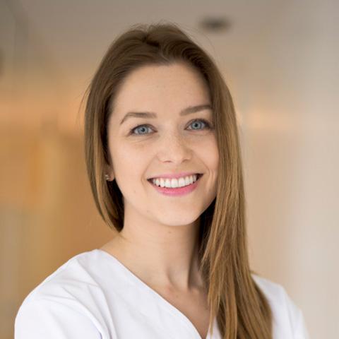 Dr. Veronika Urbanova